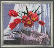 Ваза з тюльпанами